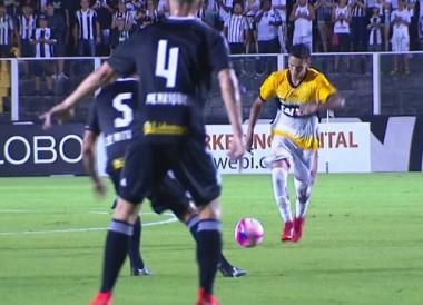 Criciúma estreia Catarinense com derrota em Florianópolis
