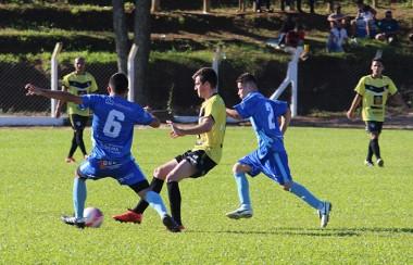Municipal de Maracajá teve sete gols neste domingo