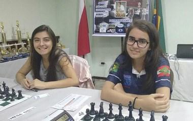 Kathiê fica com a primeira colocação sub 18 no Aberto do Brasil