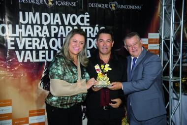 Dalvania Cardoso comenta sobre o Destaque Içarense 2017