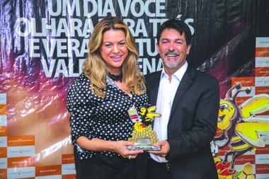 Dalvania Cardoso comenta sobre o Destaque Içarense 2018