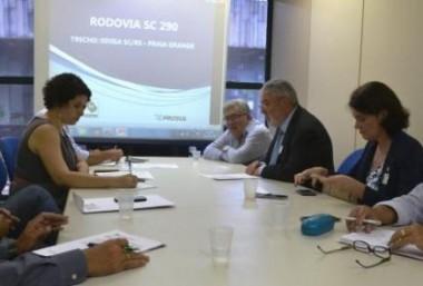 Deinfra e Ibama tratam da retomada das obras na Serra do Faxinal