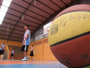 FMCE de Içara reativa formação de base no basquete