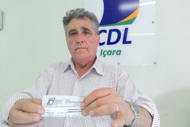 Mamãe de sorte ganha um salário mínimo da campanha da CDL