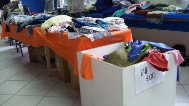 Apae de Içara começou mais uma edição do bazar beneficente