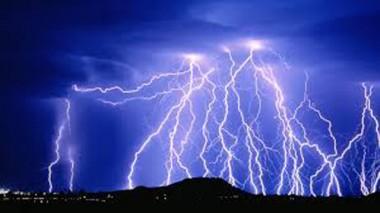 Brasil registra média de 78 milhões de raios por ano