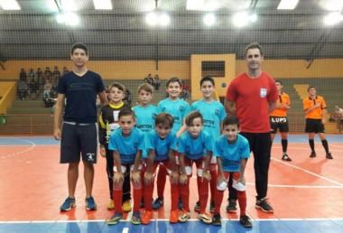 Vitória dupla marca estreia de Içara no Futsal Regional de Base