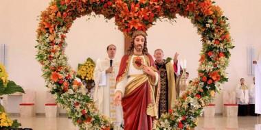 Santuário celebra primeiro ano junto com milhares de fiéis em Içara