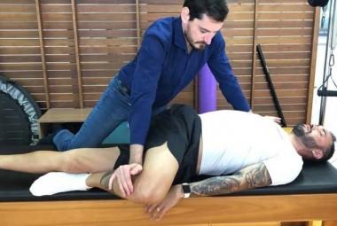 Jogador brasileiro na Arábia Saudita escolhe Içara para tratar lesão