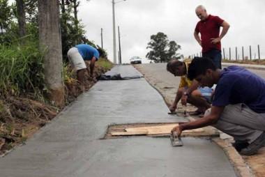 Execução de pavimentações atinge 77% em Içara