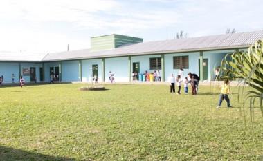 Administração de Balneário Rincão suspende aulas por 30 dias
