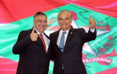 Eduardo Moreira assume Governo do Estado
