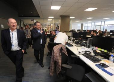 Raimundo Colombo participa de encontro com empresários
