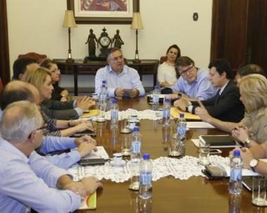 Governador autoriza instalação de Colégios Militares em Joinville, Laguna e Blumenau