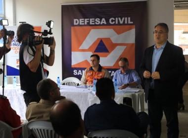 Governador acompanha reunião sobre situação das chuvas