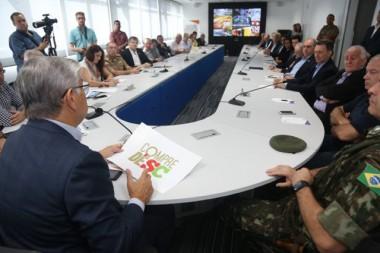 """""""Santa Catarina vai se reeguer"""" afirma governador em reunião"""