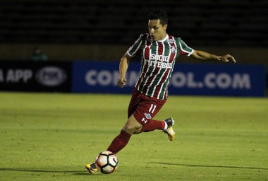 Fluminense e Tigre discutem futuro do lateral esquerdo Marlon