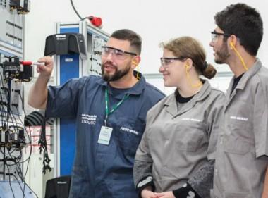 Senai tem 875 vagas em cursos técnicos em Santa Catarina