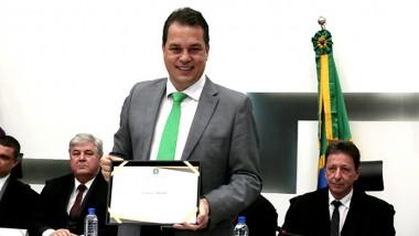 Deputado estadual Rodrigo Minotto é diplomado para novo mandato