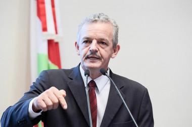 Dresch contesta discurso do governador ao pontuar problemas em várias áreas