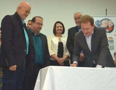 Governo de SC autoriza a construção do Centro Dia do Idoso