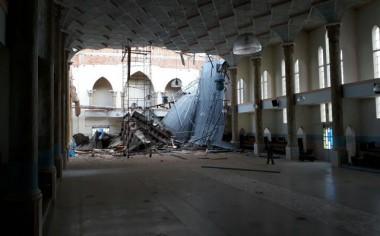 Parte do teto da Igreja Matriz de Praia Grande desaba