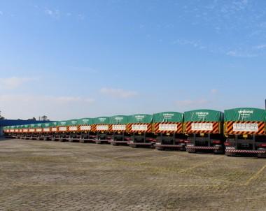 Librelato acaba de entregar 50 rodotrens graneleiros para Risa S/A