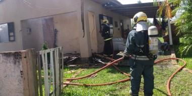Defesa Civil interdita residência após incêndio no Bairro Liri
