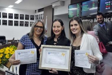 Enfermeiras são homenageadas no Legislativo