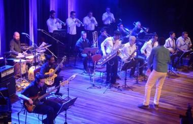 Show da Joinville Jazz Big Band no Festival de Música de Itajaí