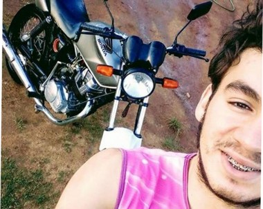 Jovem não resiste a ferimentos e morre após colisão