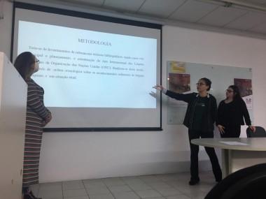 Acadêmicas da Unesc apresentam artigo em Florianópolis