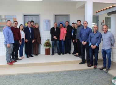 Escola do Encruzo do Barro Vermelho é inaugurada em Maracajá