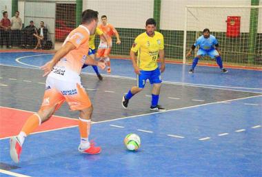 Futsal de Maracajá aponta semifinalistas nesta sexta-feira