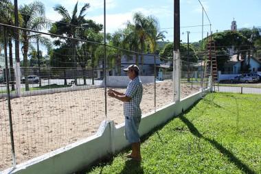 Quadras de voleibol de areia revitalizadas em Maracajá