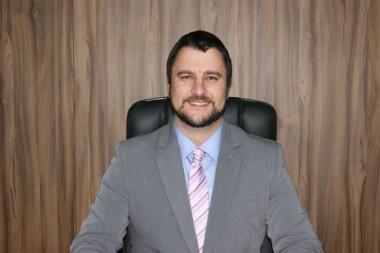 Alex Michels assume Prefeitura Municipal na quinta-feira