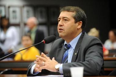 Ministro vai a Chapecó para discutir relações trabalhistas
