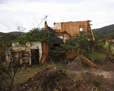 Tragédia de Mariana: moradores sofrem com depressão e outros problemas de saúde