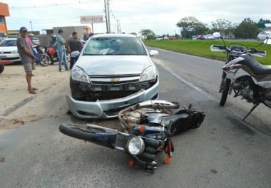 Motociclista fica ferido em colisão na marginal da BR-101
