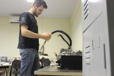 Satc adquire tecnologia para produção de carros elétricos