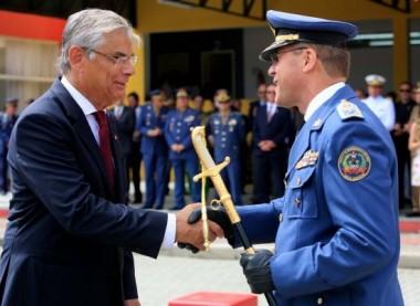Moreira dá posse ao novo comandante-geral do Corpo de Bombeiros