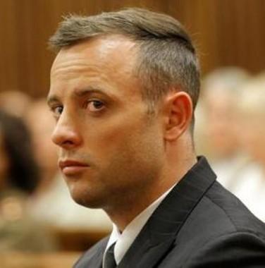Justiça sobe para 13 anos condenação contra Pistorius por matar sua namorada