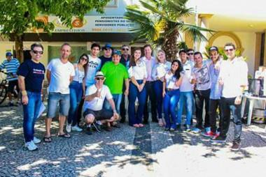 Acadêmicos realizam feira em Içara