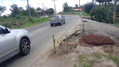 Erosão nas marges de rodovia está preocupando moradores