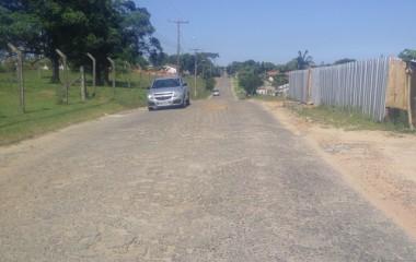 Rua Casimiro Tibincoski precisa de melhorias