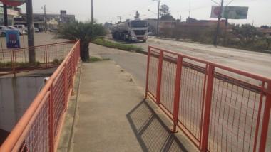 Grade de viaduto não é recolocada em Içara