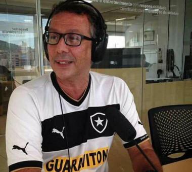 Professor João Monteiro  deixa legado aos ex-alunos