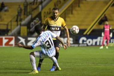 Criciúma empata com o Paysandu no Heriberto Hülse