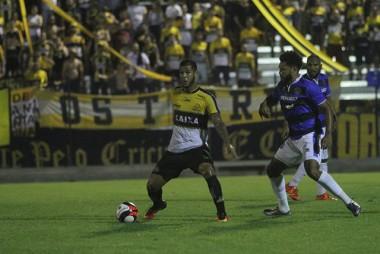 Criciúma sofre derrota fora de casa para o Atlético Tubarão