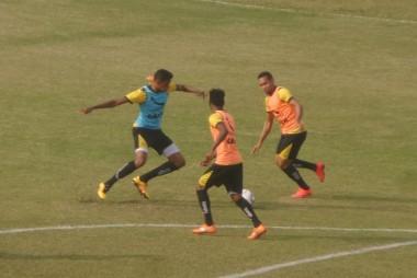 Criciúma passa por um treino técnico nesta quarta-feira